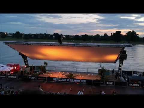 Das wunderbare Open-Air-Kino am Rhein: Der magische Moment