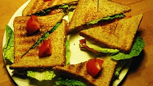 All-American Tuna Sandwich