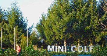 Der wunderschöne Minigolfplatz am Rheindeich bei Niederkassel