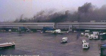 11.04.1996 - Brand am Flughafen (Foto: Flughafen Düsseldorf)