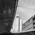 Bild der KW40: Thyssenhochhaus und Tausendfüssler