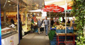 Carlsplatz -der einzige feste Markt der Stadt