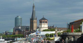 Die schönste Rheinpromenade des Universums
