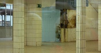 Früher: Die leere Halle vom toom-Baumarkt an der Oberbilker Allee