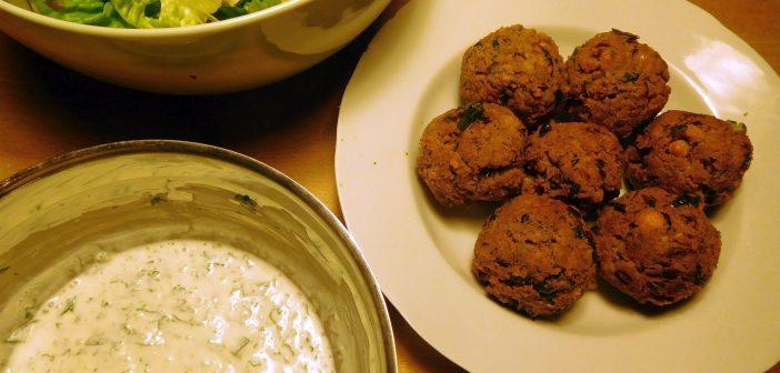 RdW: Falafel mit Joghurtsoße