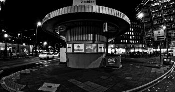 Bild der KW11: Berliner Imbiss