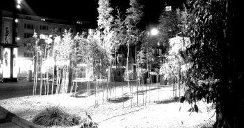 Der 2014 umgestaltete Ernst-Reuter-Platz bei Nacht