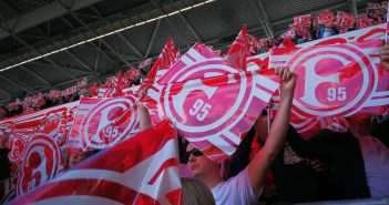 Erinnerung an 2017: F95 vs Würzburg 1:1 - Das mit den Fähnchen hat geklappt