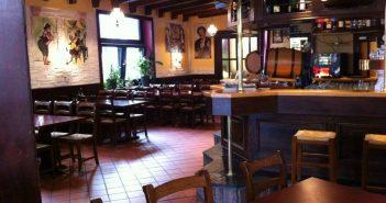 Taverne Savas - früher eine deutsche Eckkneipe