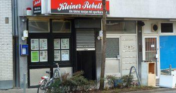 """Nachtcfé """"Kleiner Rebell"""" an der Corneliusstraße (2012)"""