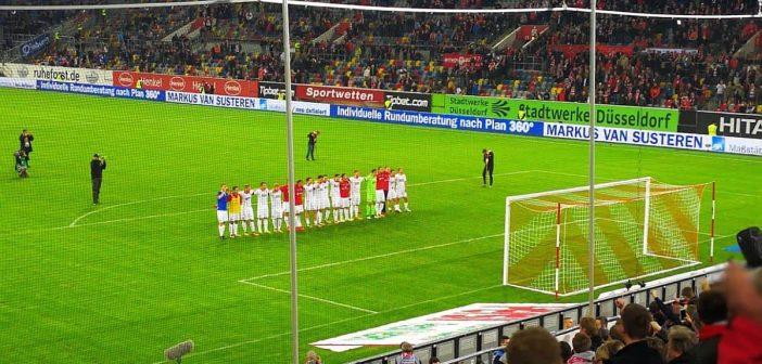 F95 vs Darmstadt - kurze Feierlichkeit zum Sieg