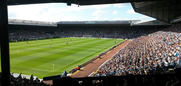 Leeds United: Stadion an der Elland Road (Foto: Wikimedia)