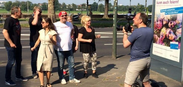 """Achim Schütz beim Dreh zum Video zu seinem Song """"In Düsseldorf"""""""
