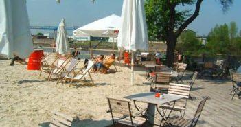 Monkey's Island - Düsseldorfs erster Beachclub (2003 - 2006)