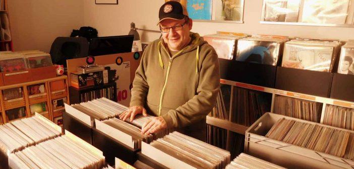 Tommy, die eine Hälfte vom Rainking-Recordstore-Duio
