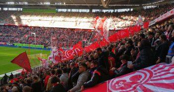 F95 vs Bochum: Wenn die roten Fähnchen weh'n...