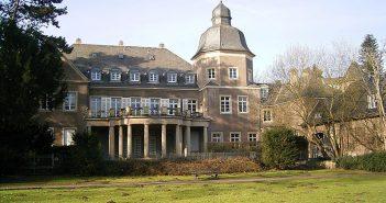 Das wenig bekannte Schloss Garath (Foto: Wikimedia)