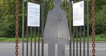 Erinnerungszeichen an das KZ-Außenlager im Kalkumer Forst