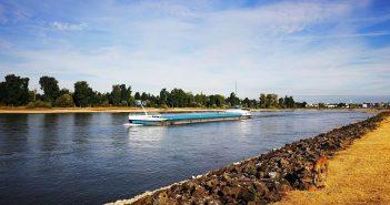 BdW33: Am Ufer