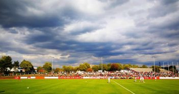 VfL vs F95 - Das Stadion in Benrath