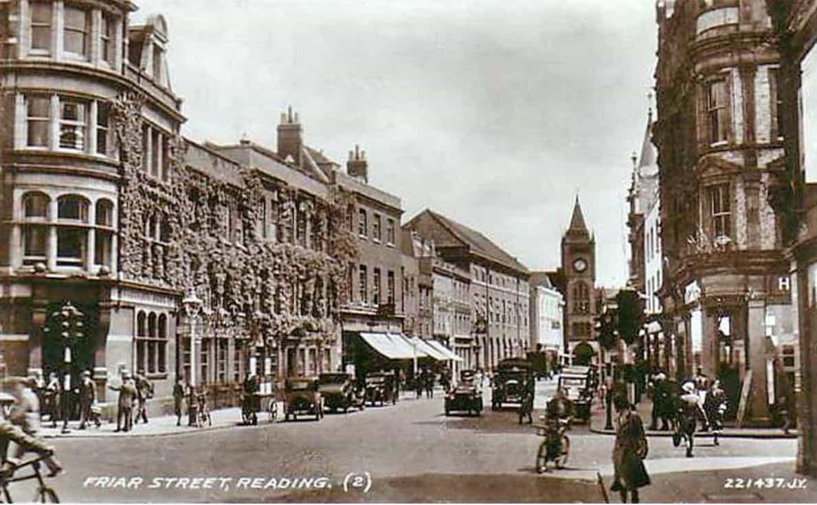 Die Friar Street in Reading auf einer Postkarte von 1945