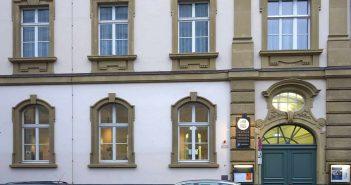 Die Mahn- und Gedenkstätte (Foto: Kürschner via Wikimedia)