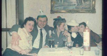 Wild ging's zu auf den privaten Karnevalspartys jener Jahre...