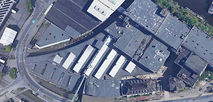 Google-Maps zeigt das Gelände noch mit allen Gebäuden der Papierfabrik Hermes
