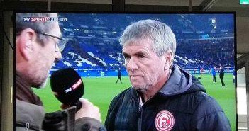 Schalke vs F95: FRiedhelm vorm Spiel