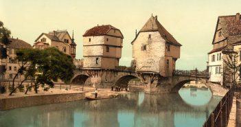 Die Alte Nahebrücke in Bad Kreuznach - mit den erhaltenen Häusern