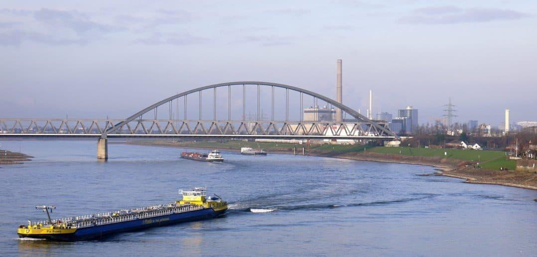 Die Hammer Eisenbahnbrücke - von der Südbrücke aus fotografiert