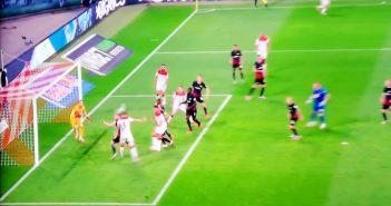 Leipzig vs F95: Andre Hoffmann macht den Ausgleich