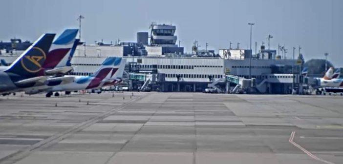 Webcam des DUS-Airports mit Blick auf die Terminals (Screenshot)